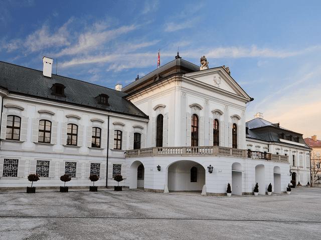 Prezidentský palác, Bratislava